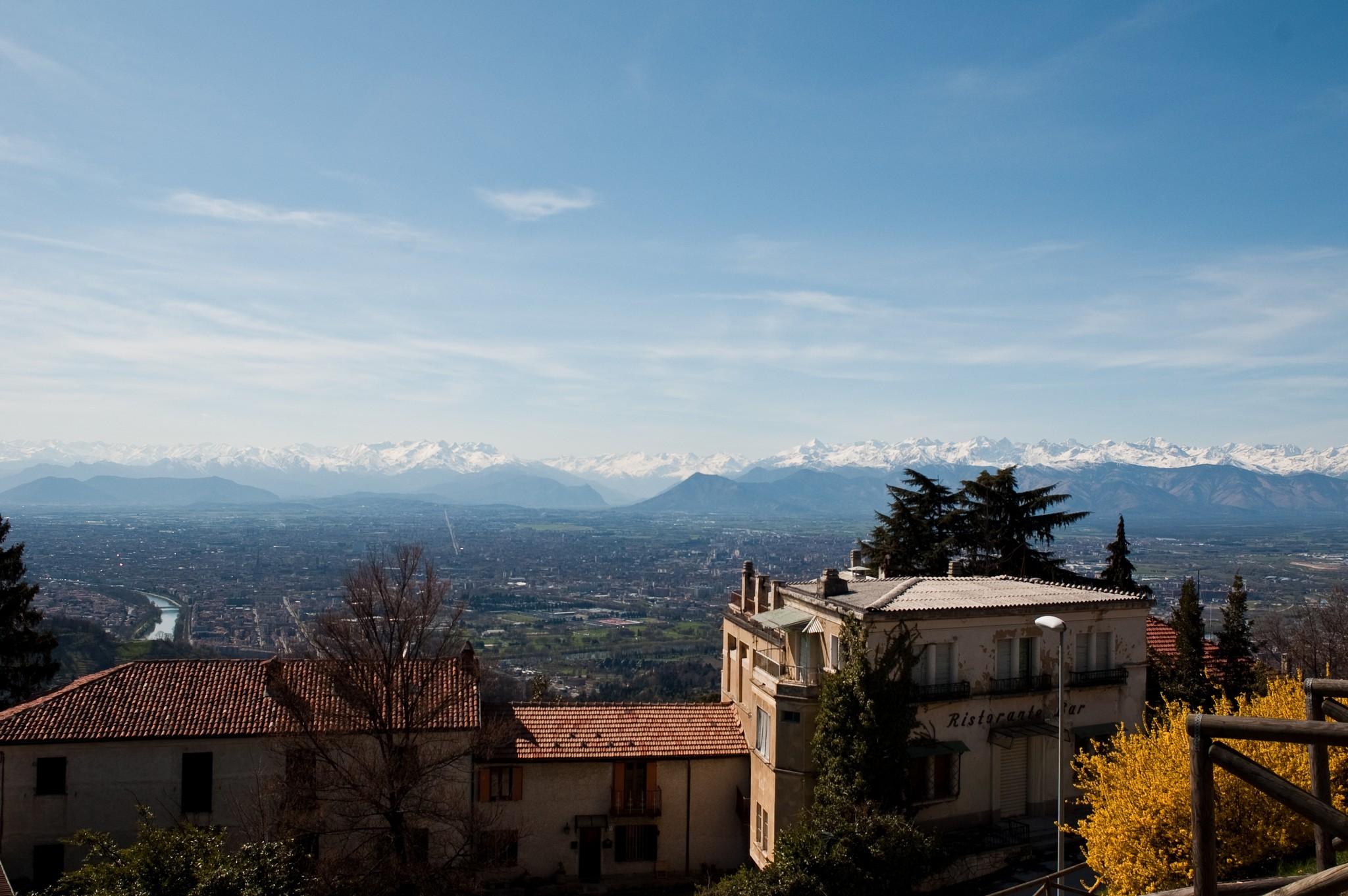 Blick vom Superga, Turin, April 2010